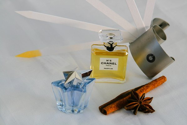 How to Make Perfume Hobby Affordable and More Fun
